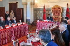 King-Mohammed-VI-Chairs-Council-of-Ministers-in-Rabat-640x427